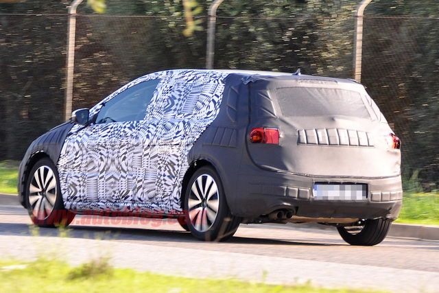 Volkswagen golf vii spy 11 2011 03