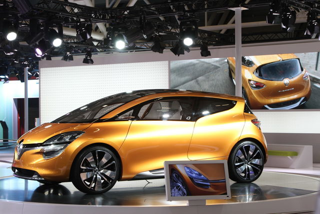 Renault r space1