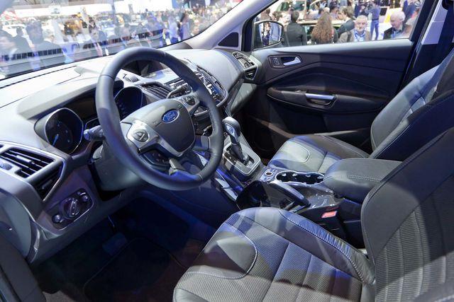 Ford kuga-4
