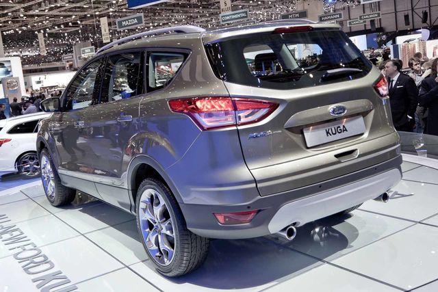Ford kuga-7