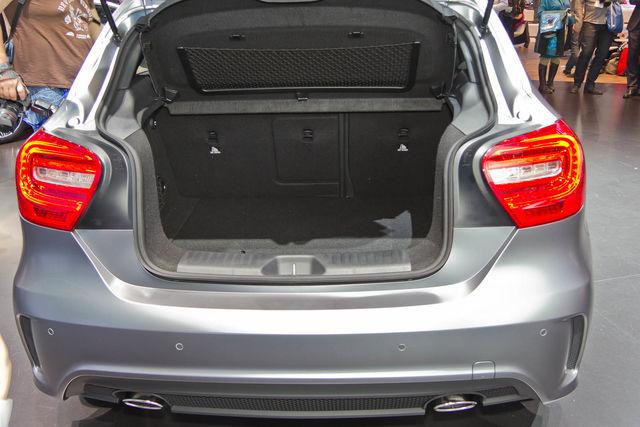 Mercedes classe a ginevra 2012 9