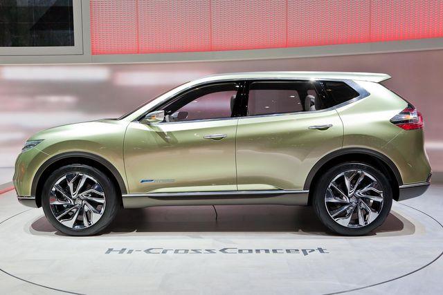 Nissan-hicrosser-concept 3