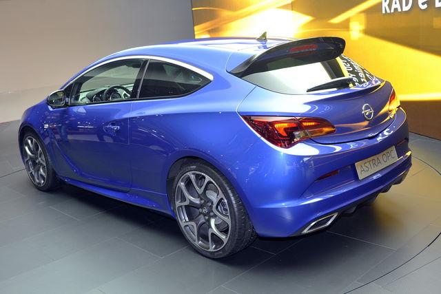 Opel astra gtc opc ginevra 2012 2