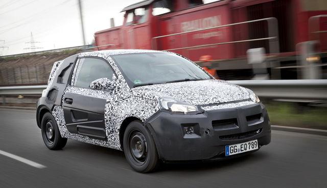 Opel adam spy 2