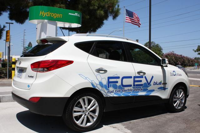 Hyundai ix 35 fuel cell 8