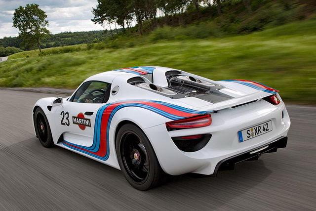 porsche_918_spyder_martini_racing_02.jpg