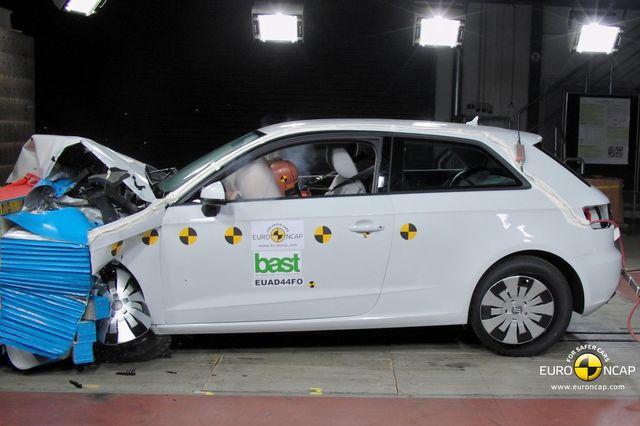 Audi a3 euroncap 02