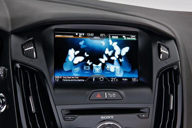 Ford focus elettrica sync 14