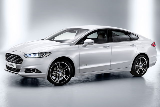 Ford mondeo 2012-09 04