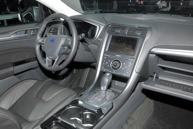 Ford mondeo sw parigi 1