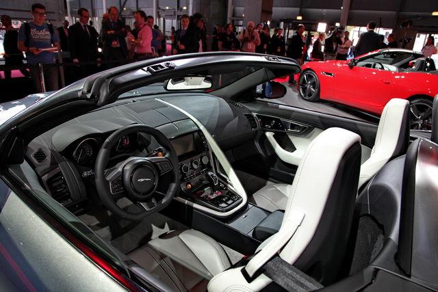 Jaguar f type da parigi 09