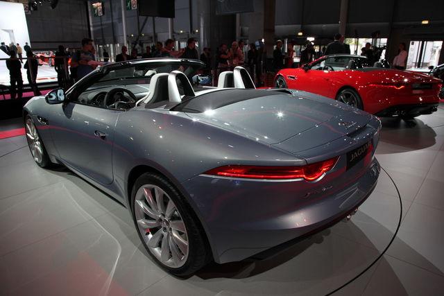 Jaguar f type da parigi 12