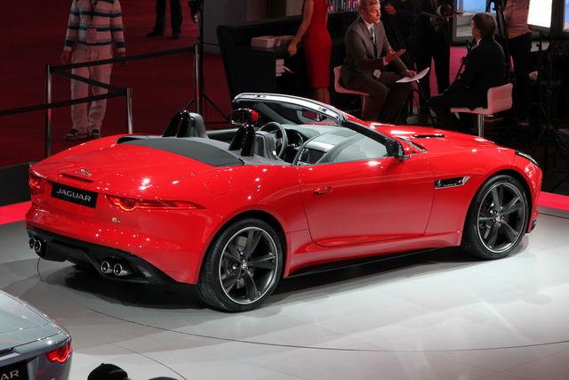 Jaguar f type da parigi 18