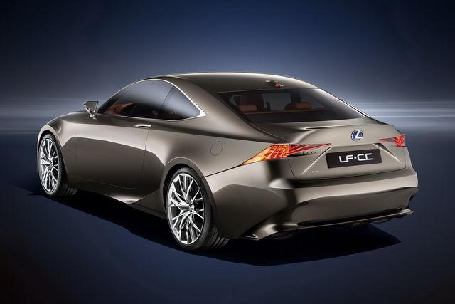 Lexus lf cc 3
