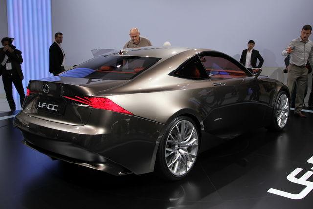 Lexus lf cc parigi 2012 4