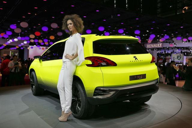 Peugeot 2008 concept parigi 2012 6
