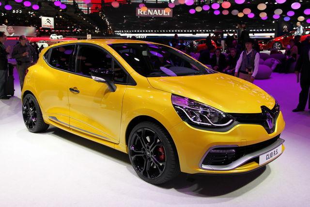 Renault clio rs parigi 1