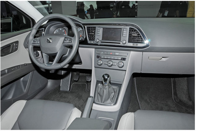 seat_leon_int.jpg