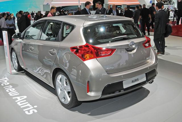 Toyota auris parigi 2012 2