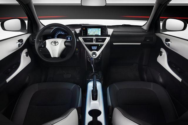 Toyota iq ev 6