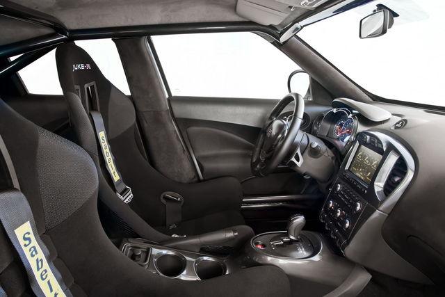 Nissan juke r di serie 01