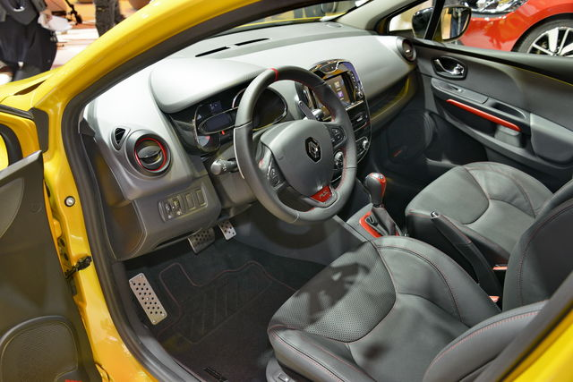 Renault clio rs parigi bis 1