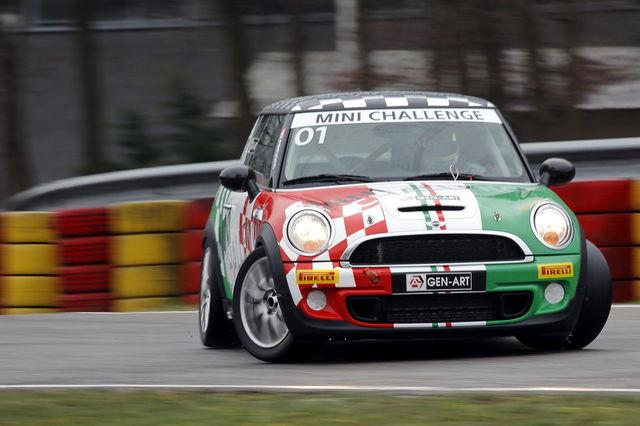 2013, di nuovo in pista con la Mini