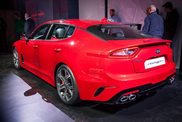 ... New 2018 Kia Cadenza Premium Sedan in Perry, GA ...