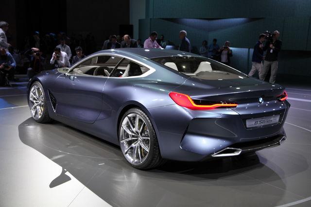 bmw serie 8 concept: il ritorno della coupé di gran lusso