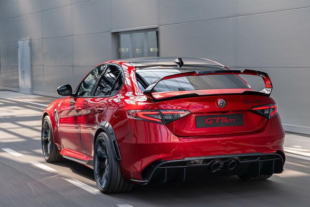 Nuova Alfa Romeo Giulia - Pagina 4 Alfa-romeo-gta-2020-03_01