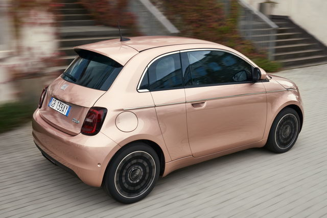 Nuova Fiat 500 - Pagina 2 Fiat-nuova-500-31-2020-10_14
