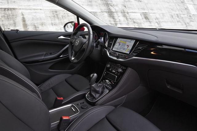 Opel Astra Sedan 2018 >> Opel Astra prova, scheda tecnica, opinioni e dimensioni 1.4 Turbo 150 CV Innovation