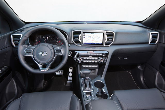 kia sportage prova scheda tecnica opinioni e dimensioni 2 0 crdi 136 cv gt line awd automatica. Black Bedroom Furniture Sets. Home Design Ideas