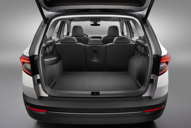 skoda karoq prova scheda tecnica opinioni e dimensioni 2 0 tdi scr style 4x4 dsg. Black Bedroom Furniture Sets. Home Design Ideas