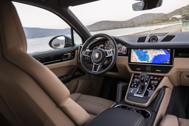 Porsche Cayenne prova, scheda tecnica, opinioni e dimensioni S