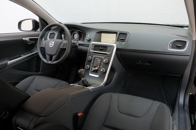 Volvo S60 2012 >> Prova Volvo V60 scheda tecnica opinioni e dimensioni D2 Kinetic