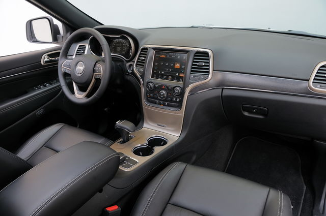 Schemi Elettrici Jeep Grand Cherokee : Jeep grand cherokee v crd cv multijet ii overland