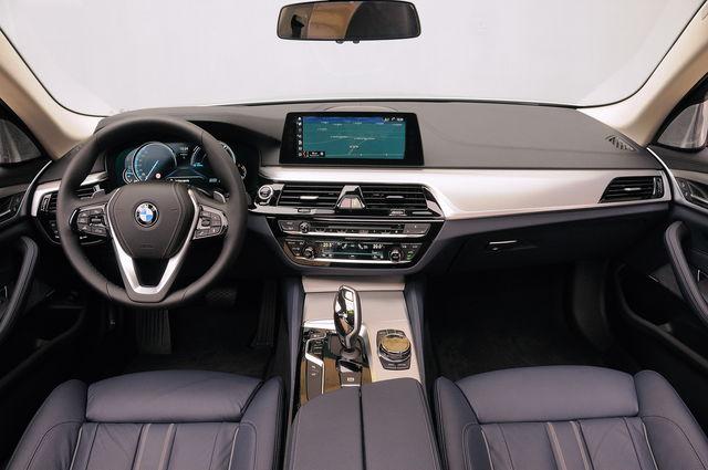 Prova Bmw Serie 5 Scheda Tecnica Opinioni E Dimensioni 520d Luxury