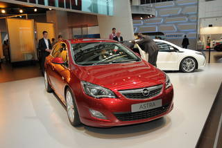 Opel astra francoforte 09 03 resize