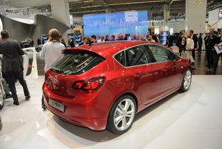 Opel astra francoforte 09 06 resize