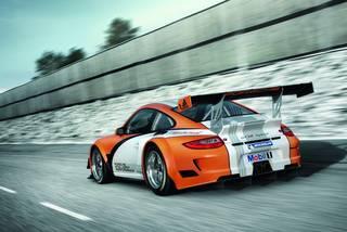 Porsche 911 gt3 r hybrid 05