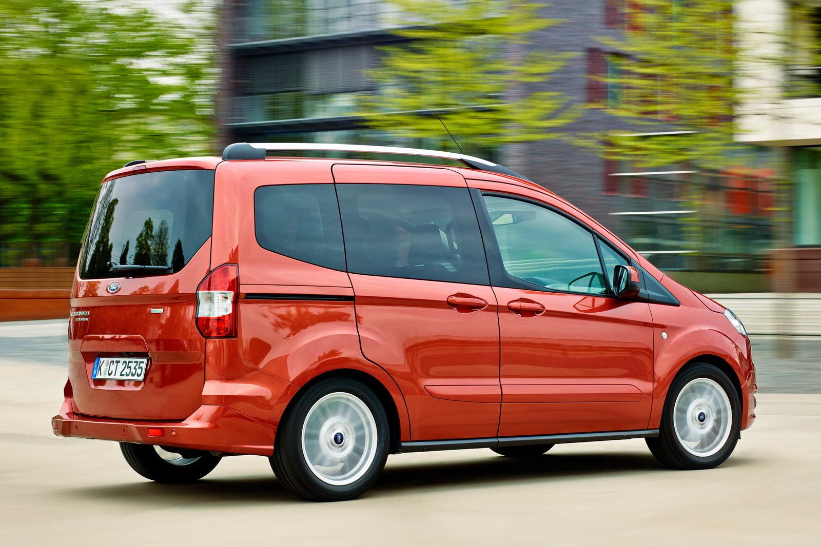 Ford Tourneo Courier Prova Scheda Tecnica Opinioni E Dimensioni