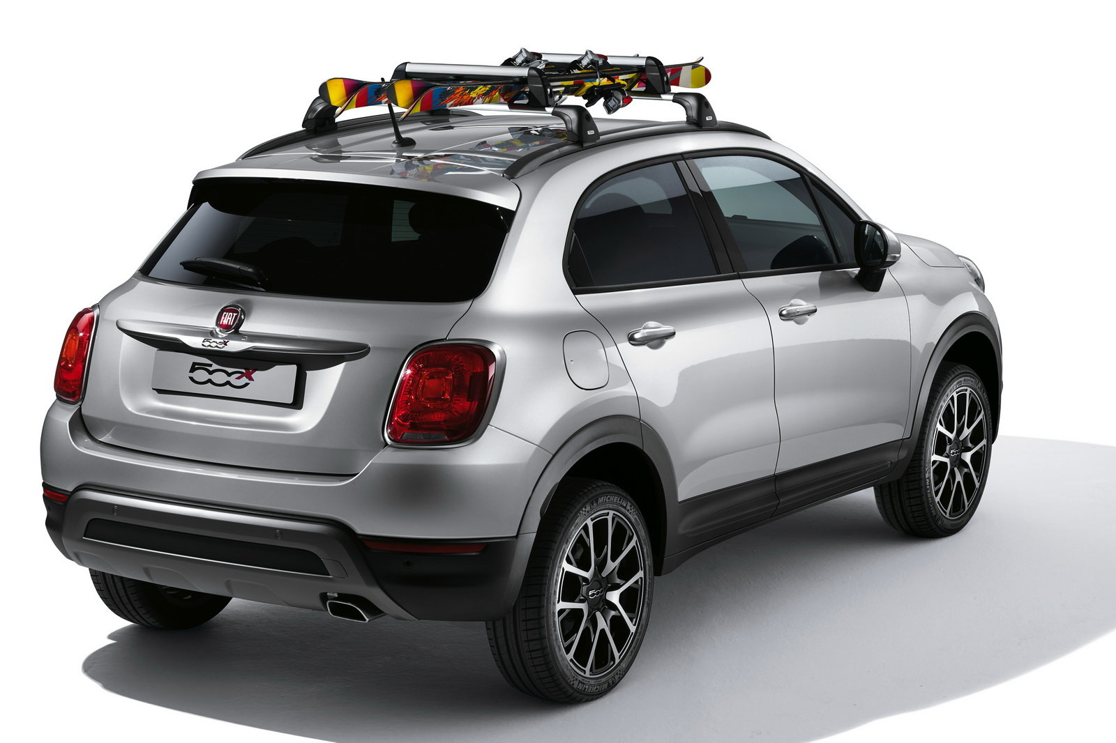 Foto fiat 500x gli accessori firmati mopar for Accessori firmati