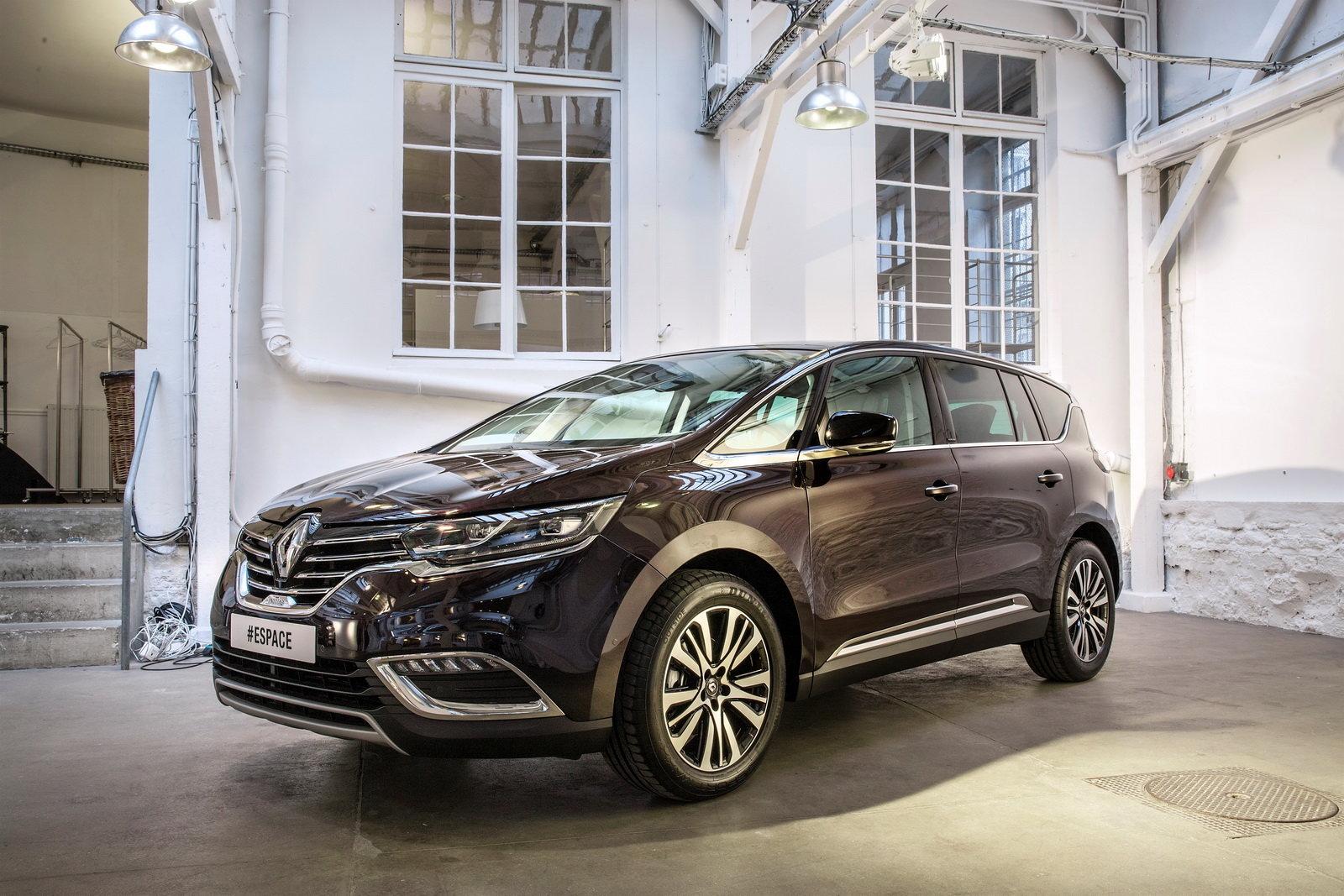 Foto - Renault Espace: prezzi da 32.900 euro