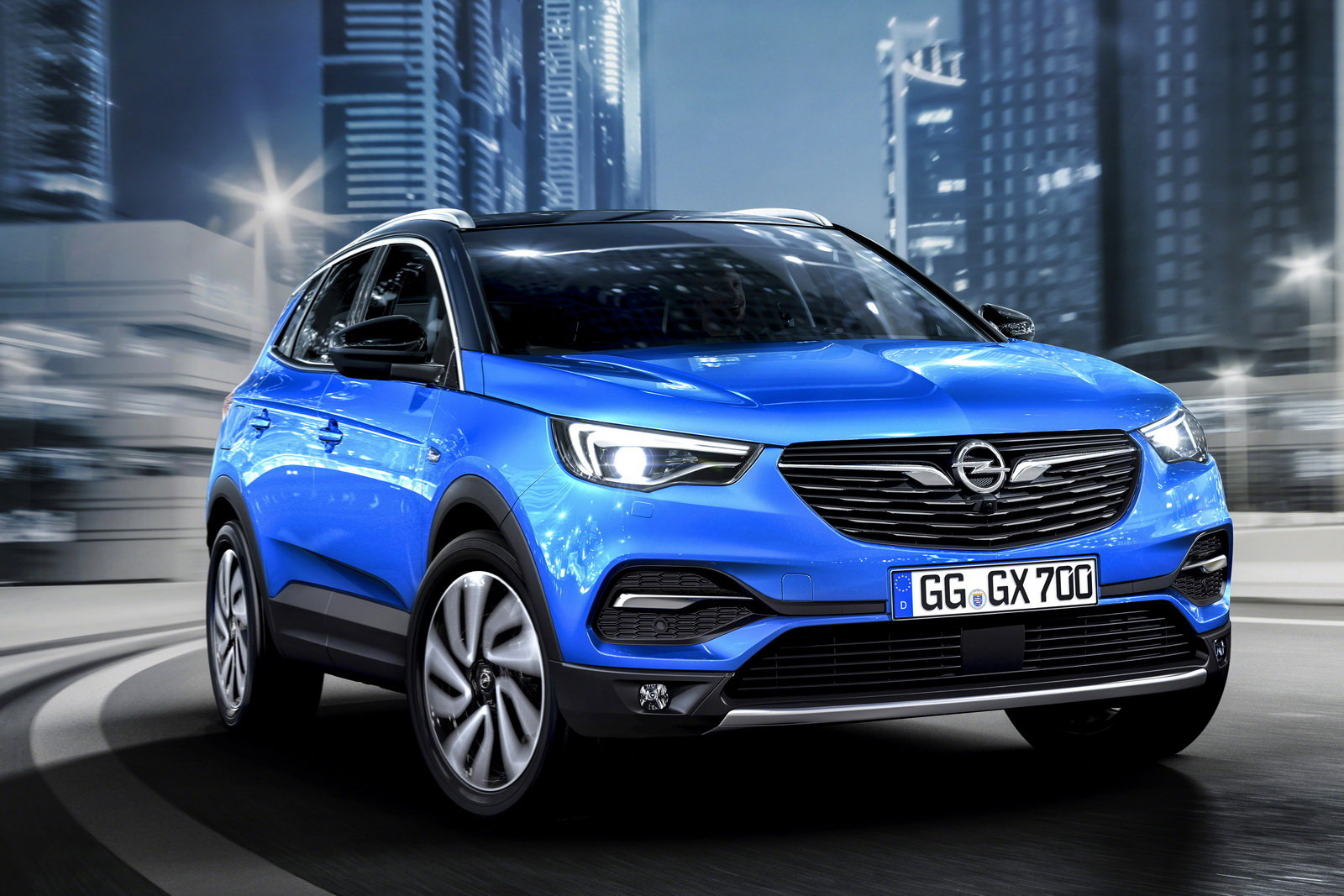 foto opel grandland x svelata la nuova suv. Black Bedroom Furniture Sets. Home Design Ideas