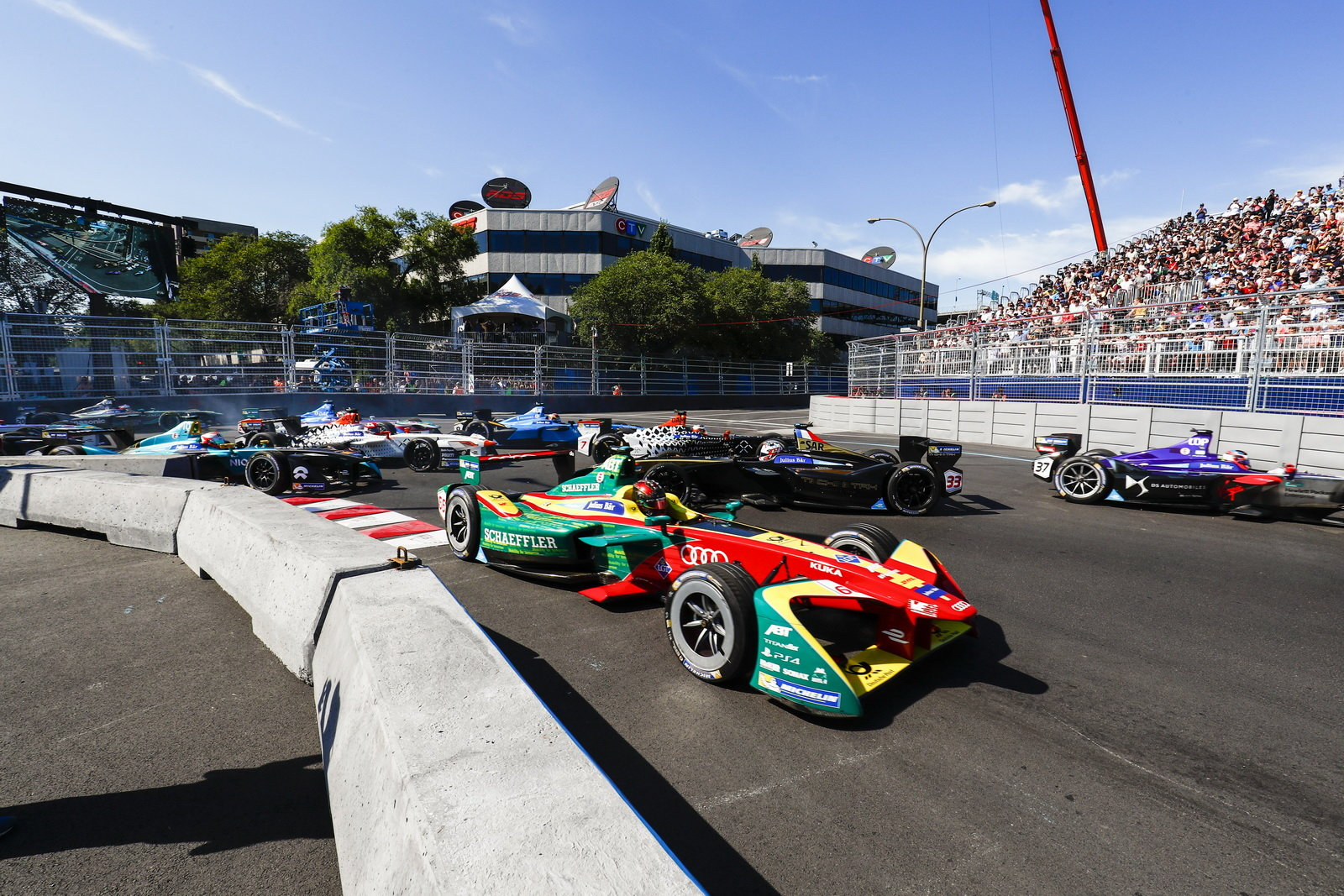 foto formula e di grassi campione 2017. Black Bedroom Furniture Sets. Home Design Ideas
