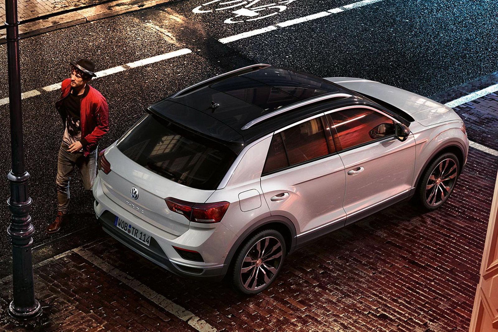 Foto - Una Volkswagen T-Roc speciale per l'Italia