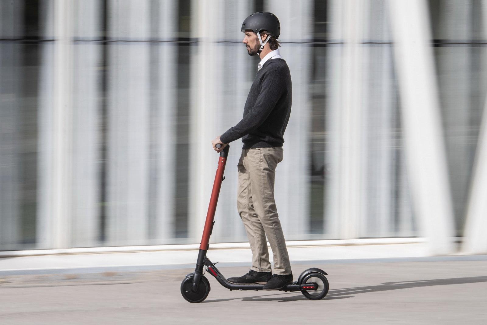 La Seat raccoglie la sfida sulla mobilita' sostenibile