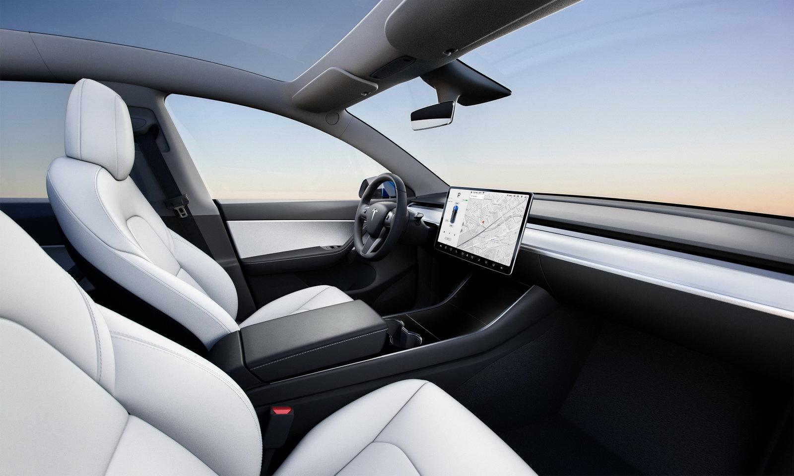 Tesla Model Y: iniziano le consegne