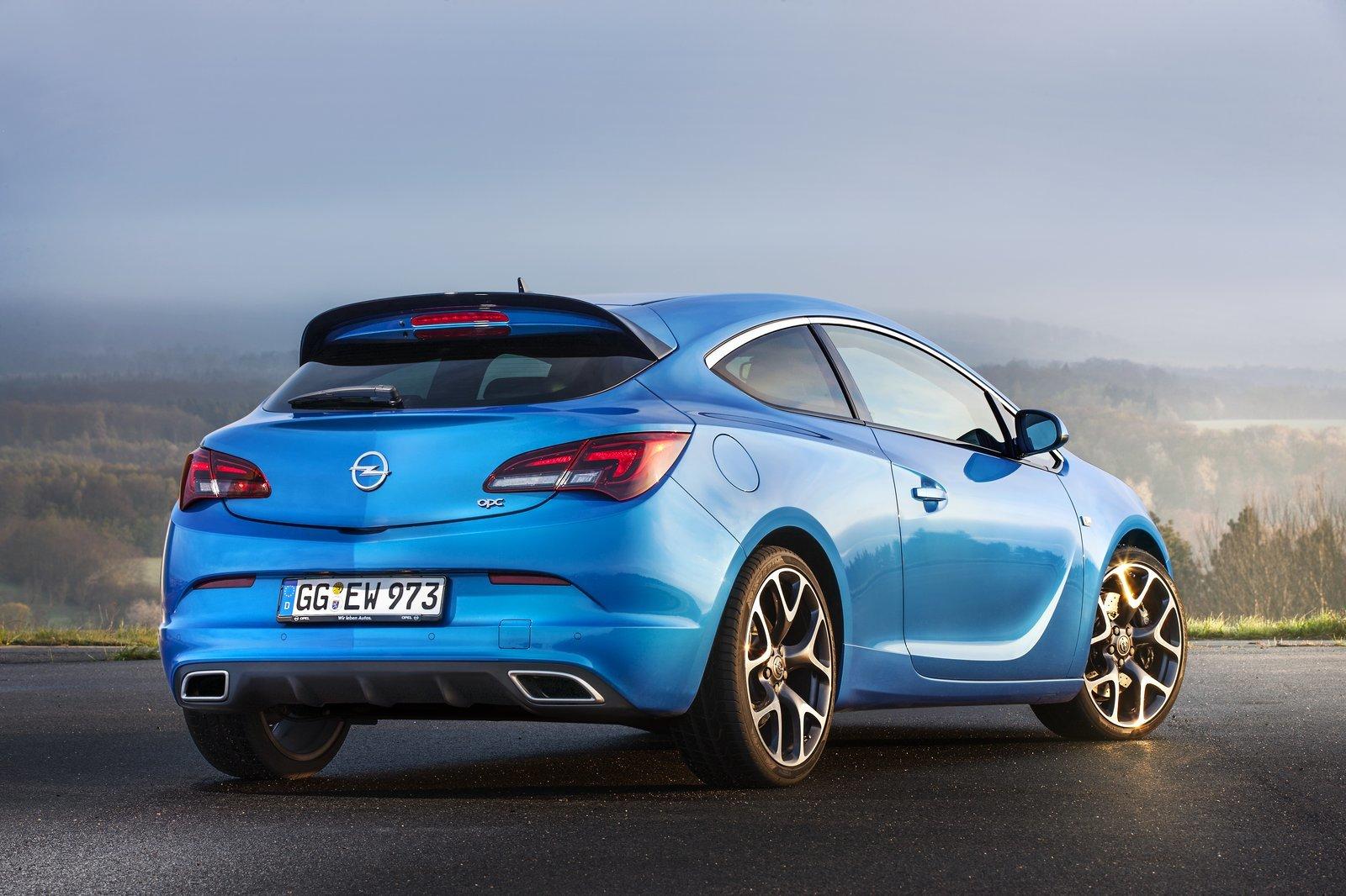 Opel Astra Gtc Prova Scheda Tecnica Opinioni E Dimensioni 2 0 Turbo 280 Cv Opc